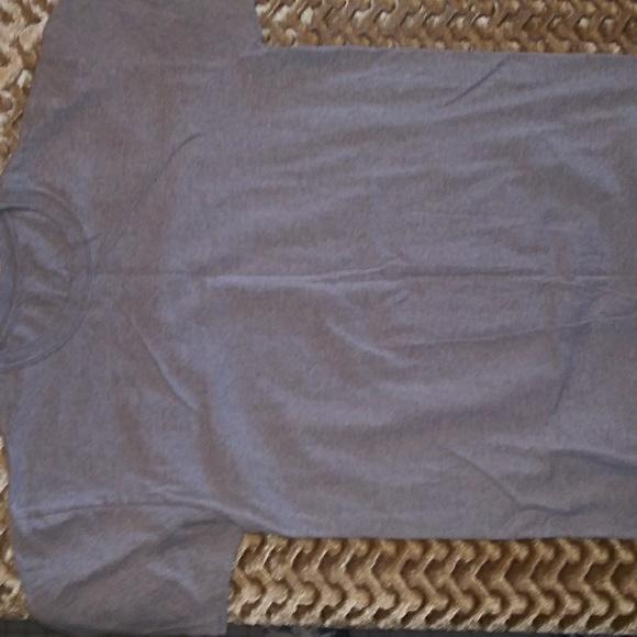 Hanes Other - Plain ole gray tee shirt